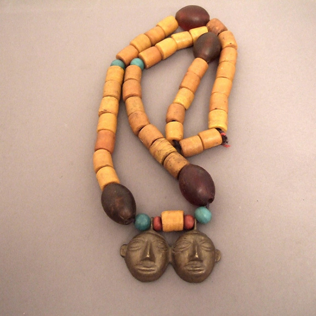 NECKLACE1AOUT4.T.514