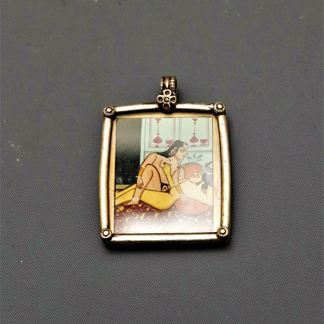 PENDANT KAMASUTRA RECTANGLE