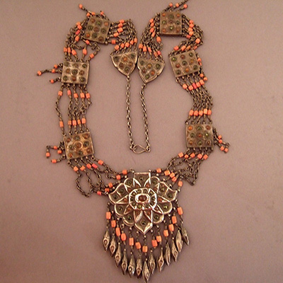 NECKLACEJANVIER2.T.056
