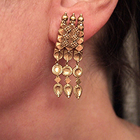 EARRINGS1OCTNOV.T.0561