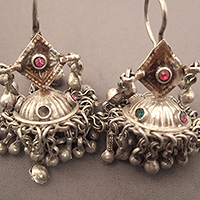 EARRINGS3JANV8.T.572