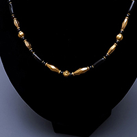 GOLD ONYX NECKLACE