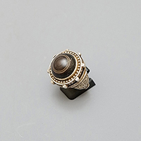 SILVER RING WITH EYE AGATE